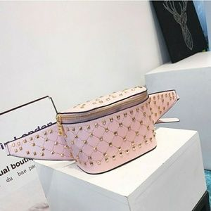 Fannie Pack Baby Pink With Gold Rivet..